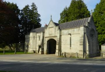 Plymouth Road Cemetery Entrance